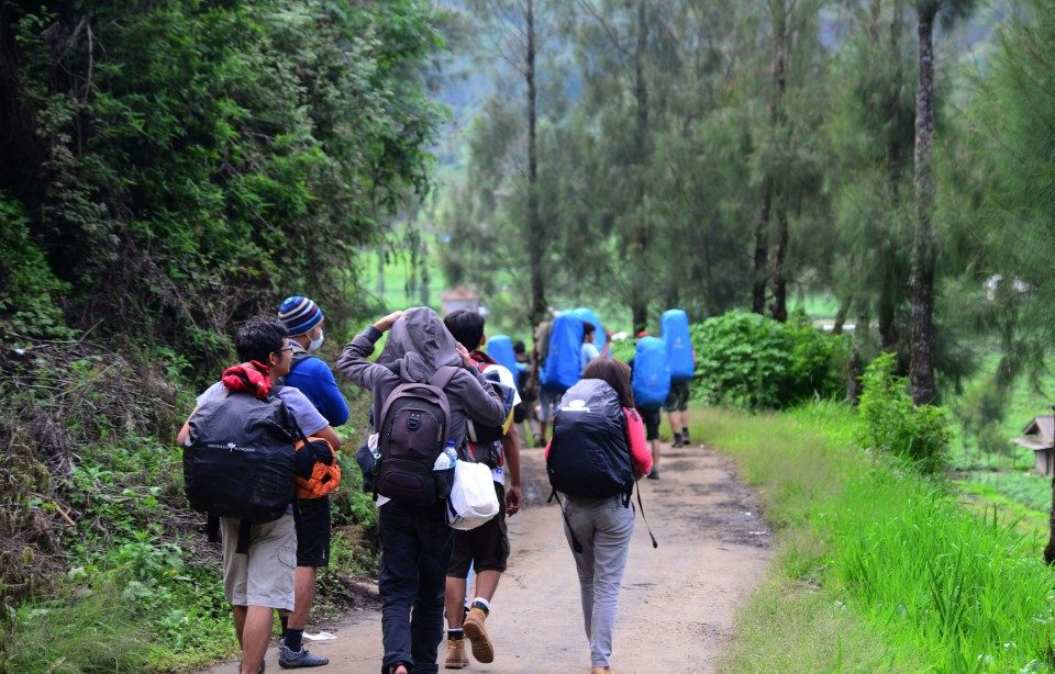 mount semeru trekking tour 3 days 2 nights package